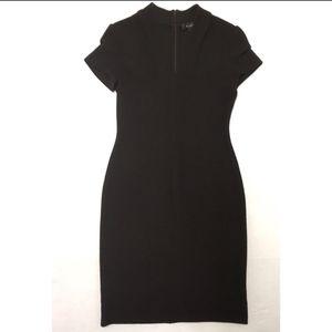 EUC St. John Knits pleat-sleeve midi dress SZ 6